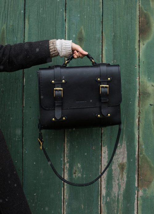 Oldenburg Large Messenger | Black English Bridle Leather & Solid Brass