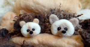 10am: Learn to Needle Felt a Hedgehog hosted by Woolly Doodles